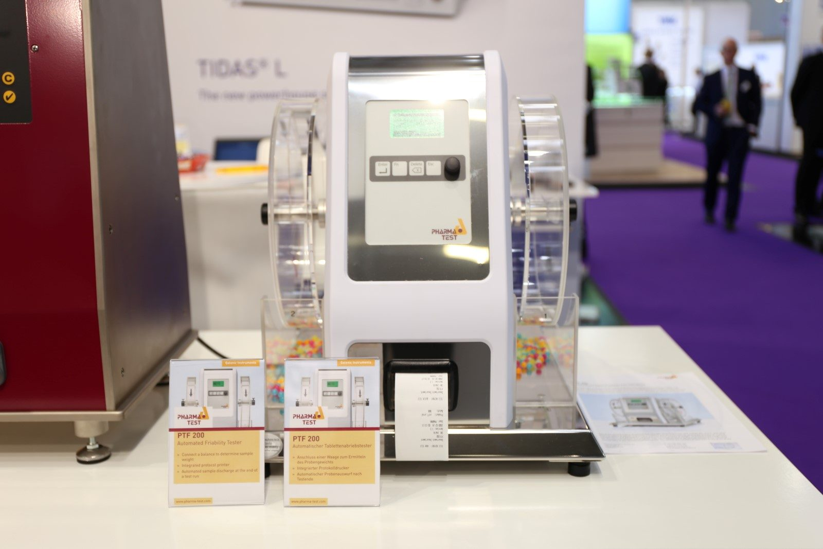 World premiere at analytica 2018: the new PTF series of automated friability testers - exhibiting here with PTF 200 with two drums